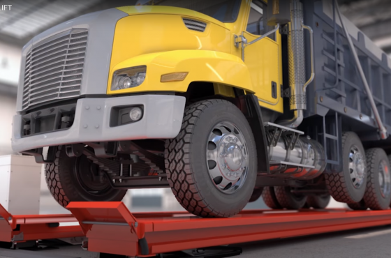 Video Skylift platform lift for heavy duty vehicle lifting